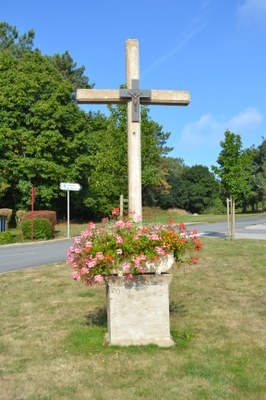 Croix route de St Gérand