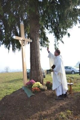 Bénédiction de la Croix de la Belle Alouette