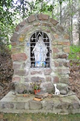 Notre Dame dans le Bois Joli de Timadeuc, don de J Y Rouvray