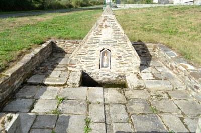 Fontaine Saint Louis